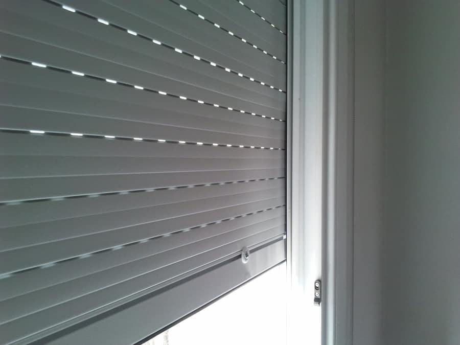 10 pasos para reparar sus persianas usted mismo - Arreglar una persiana ...